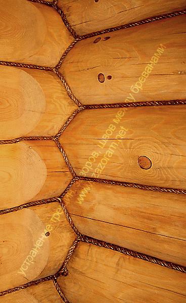 декорирование зазоров и швов деревянных стен сруба
